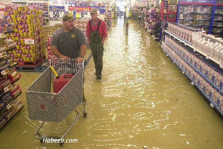 funny photo flood in store people keep shopping