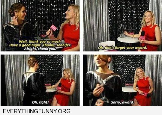 funny caption jennifer lawrence forgets award apologizes to award