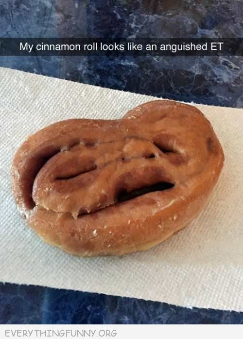 funny cimnamon roll, funny pictures, funny photos, e.t., funny faces in food,