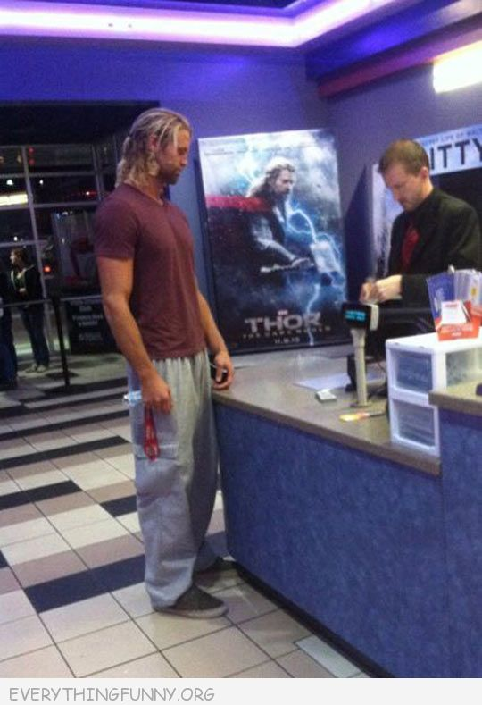 funny pictures, Chris Hemsworth buying ticked for thor, thor buying a movie ticket to see thor, Chris Hemsworth thor, lol pics,