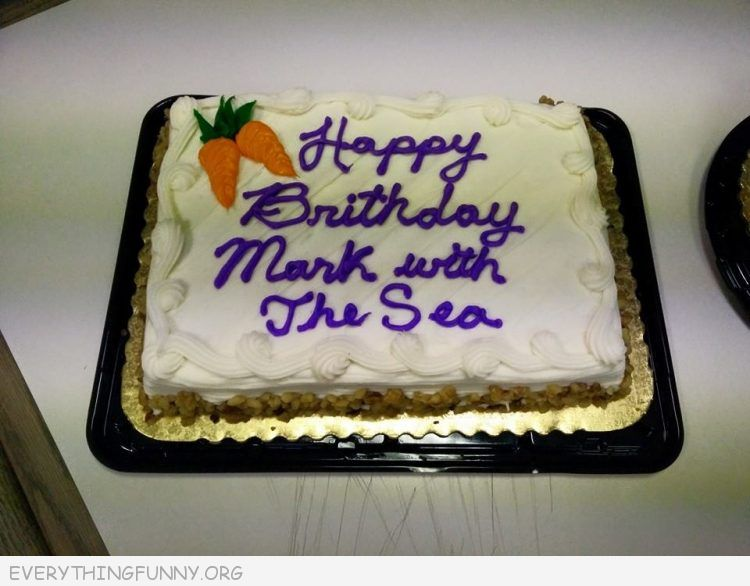 funny cake fail, funny fails, funny pictures, funny cake messages,